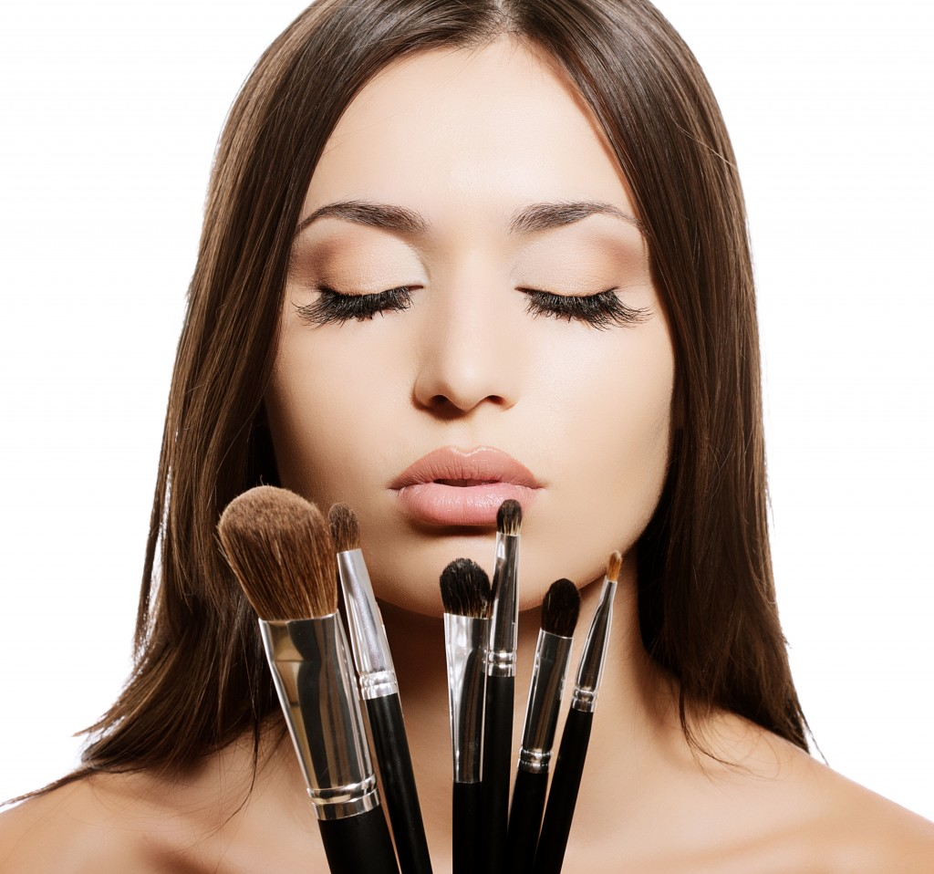 how-to-clean-make-up-brushes-at-home